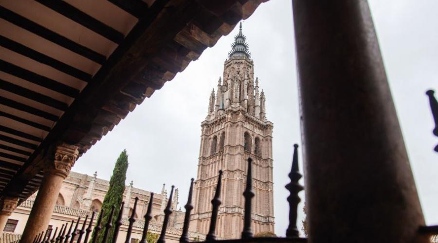 Las campanas de la Catedral llamarán a la oración por los difuntos de la pandemia