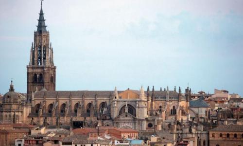 La Catedral de Toledo suspende temporalmente la visita turística y sus museos