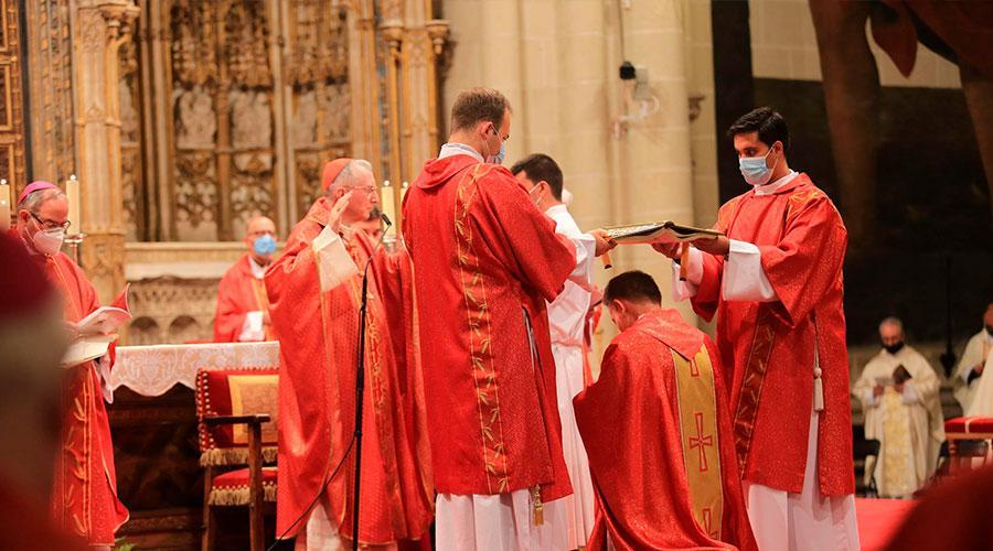 Al servicio «de la paz y de la armonía en la Iglesia y entre las naciones»