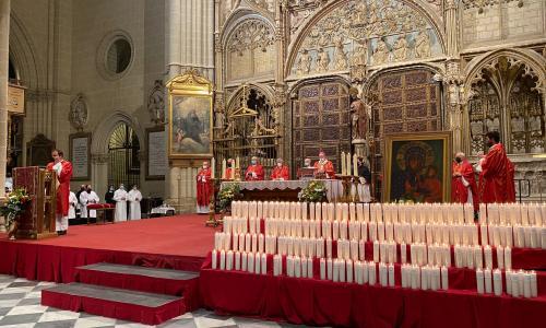 El Sr. Arzobispo llama a la comunión y a la unidad con el Papa y con toda la Iglesia